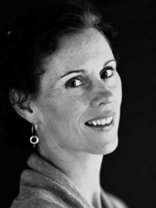 Corrie Davis | Certified Pelvic Health Physiotherapist